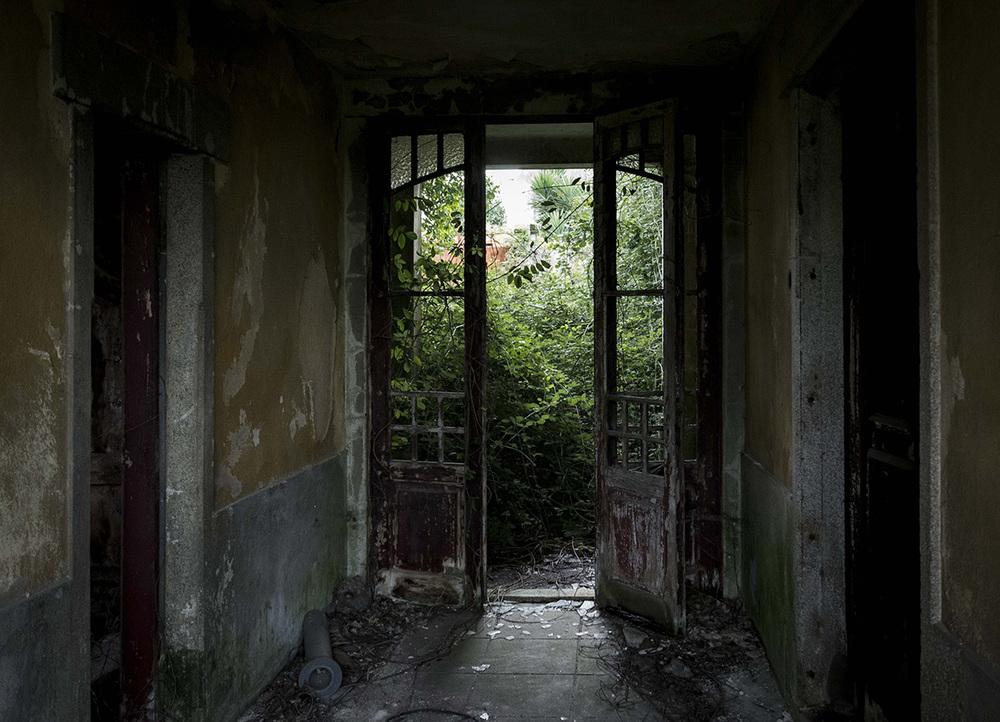 abandoned_02.jpg