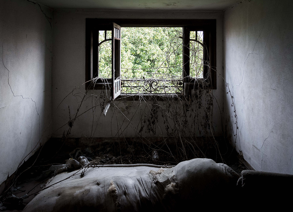 abandoned_08.jpg