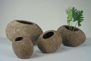 vases1.jpg
