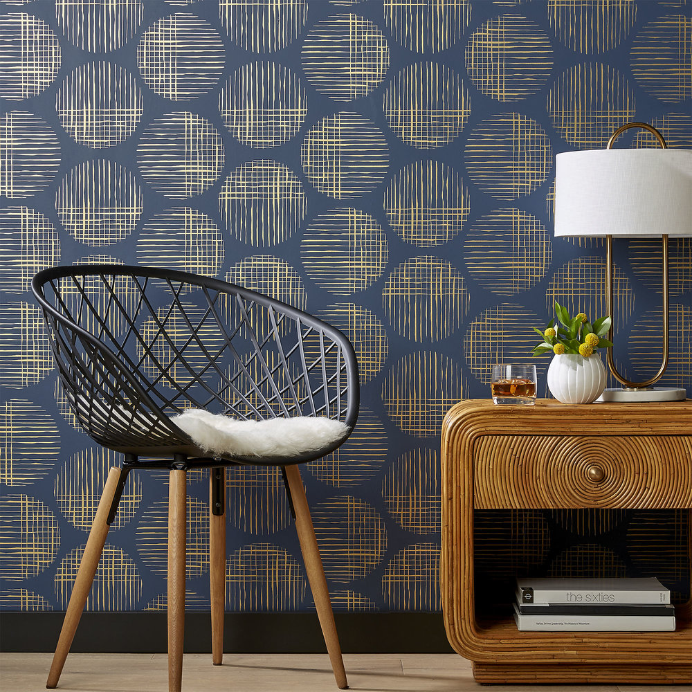 cross-hatch-circles-gold-and-navy-traditional-paste-wallpaper.jpg
