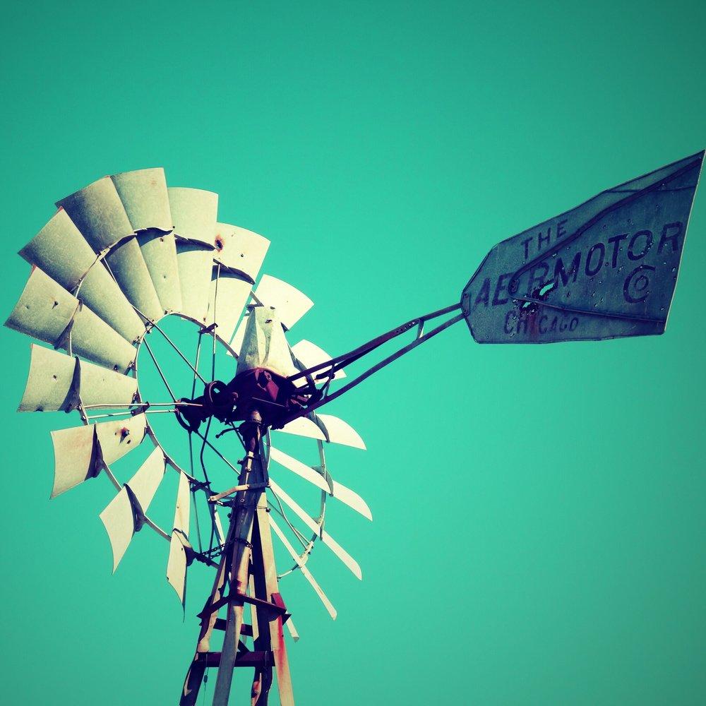 windmill_40596439605_952f04874c_o.jpg