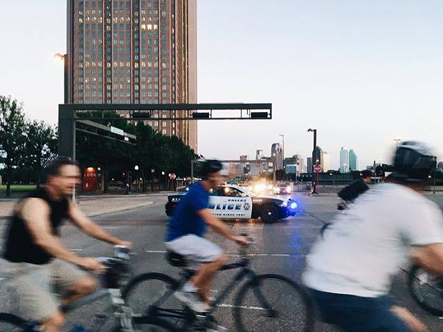 Last week we hosted Critical Mass and celebrated our 4 year anniversary. One cop stopped to help us cross a larger intersection. One cop also ran through the entire group. There's still a lot of work that needs to be done in Dallas. #CriticalMass #dallascriticalmass #biking #cycling #cyclists #commuters #ride #bikeride #socialride #summertime #dallastexas