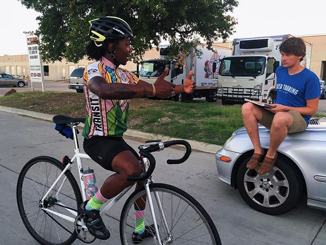 More course survey and me explaining something hardcore to Gottfried. #FXT #FixedTouring #BanditCrit3 #TrackBike #allcitycycles #bigblock #fixedgear #wtfkits #sabotagecycling #lazerhelmets #race #bikerace #cycling #texascycling