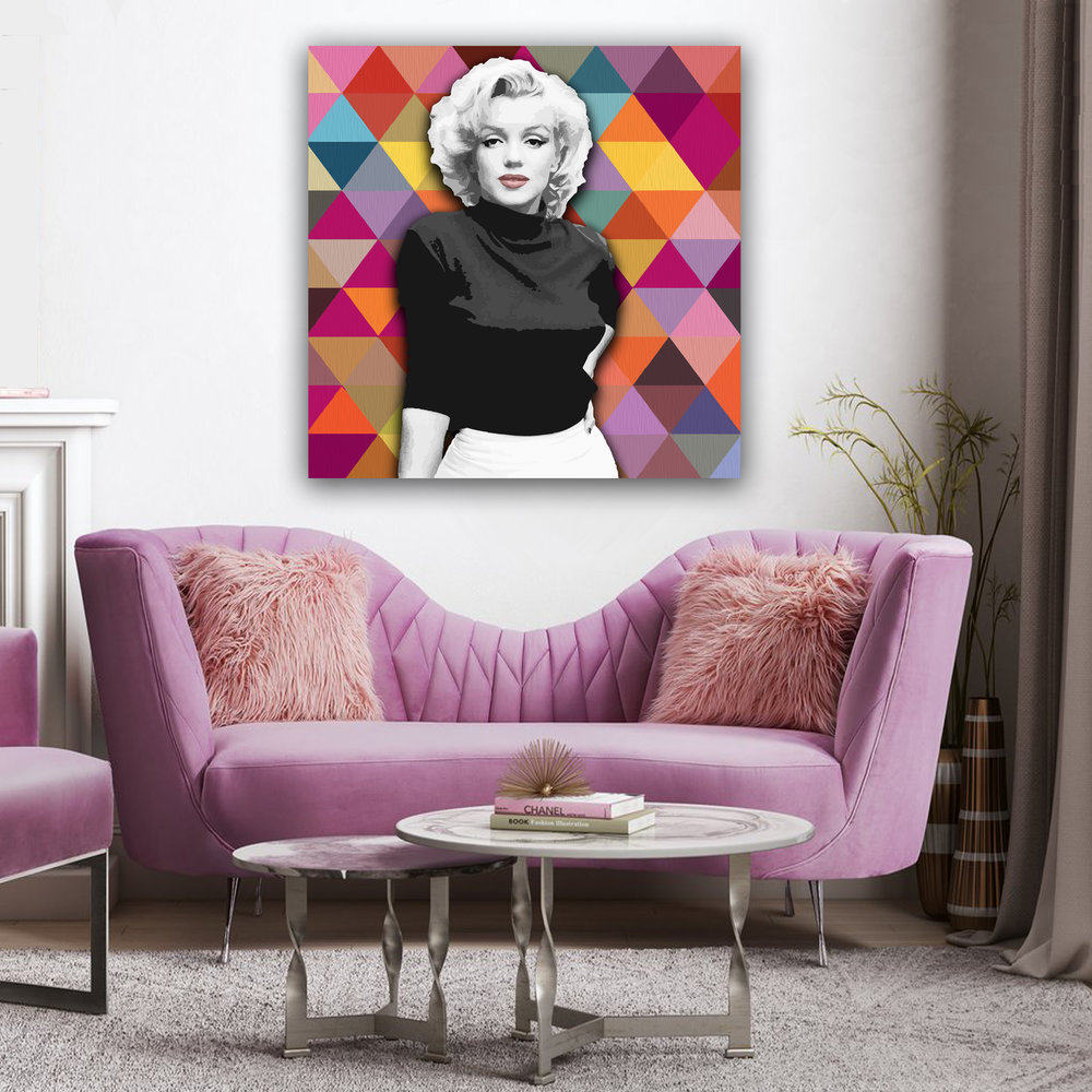 Marilyn_Violet_couch.jpg