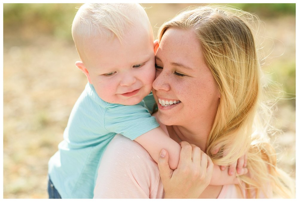 Deming New Mexico Family Photography-Spring Canyon Mother's Day Sessions-Sunshine Picture Project_0085.jpg