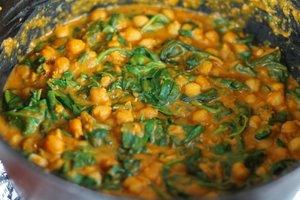 Middle Eastern Garbanzo stew