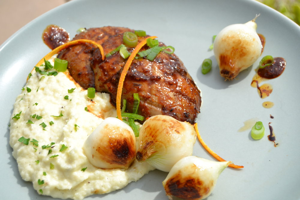 Grilled Portabella Mushroom with Rosemary Potatoes and Arugula