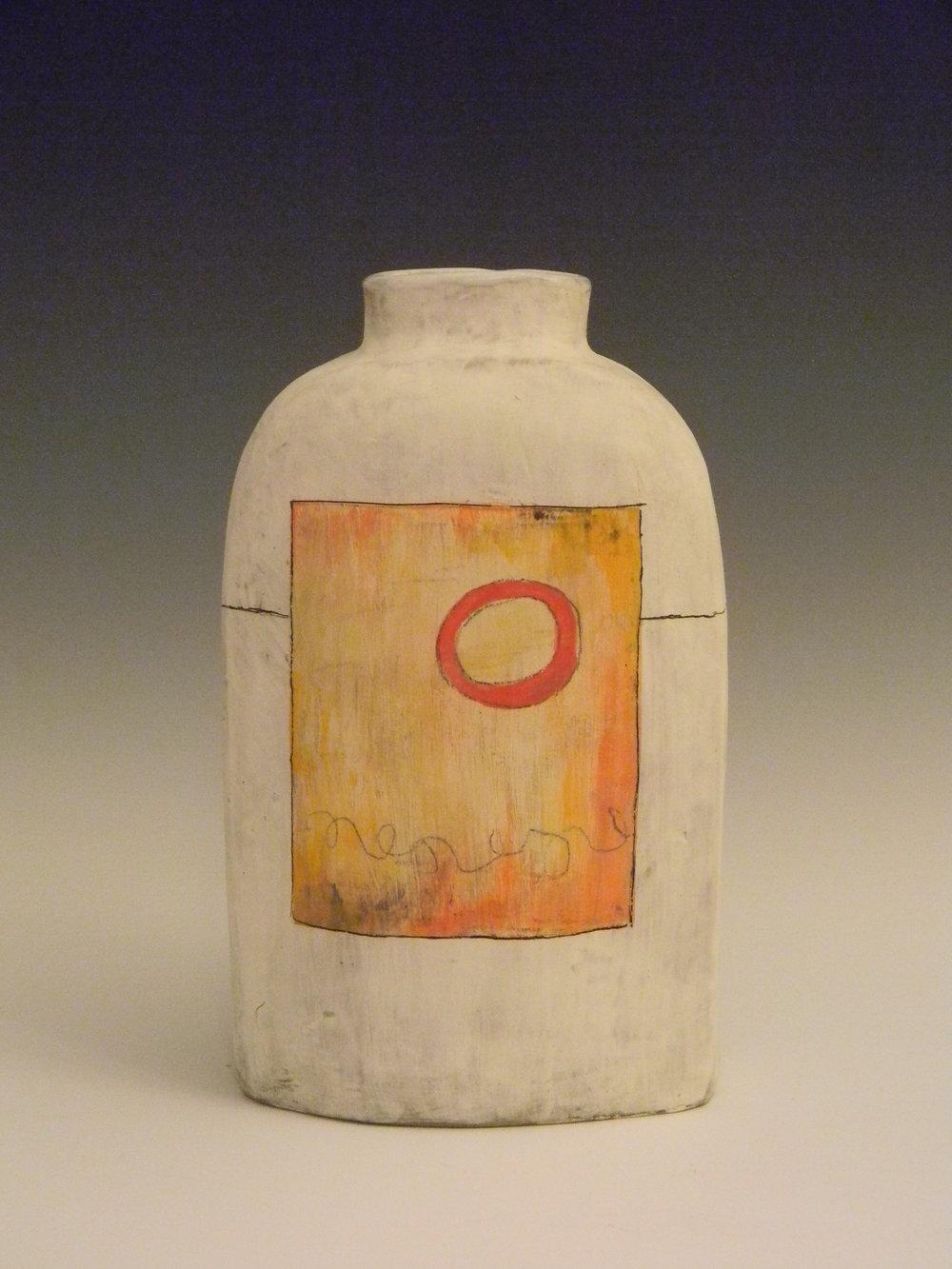 Emily Les, Vase