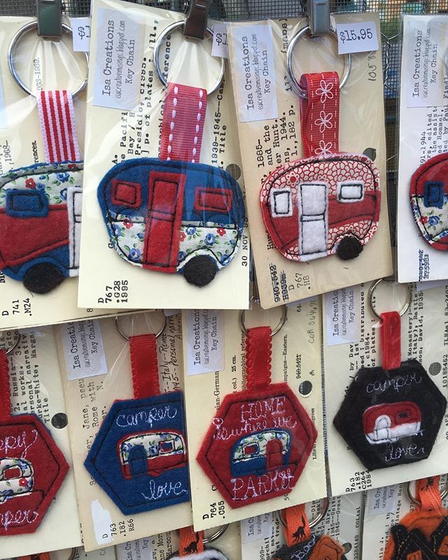 How perfect are these handmade key chains from @isacreationsvintage for your camper key! Checkout her @etsy  shop for even more vintage camper goodness! #shopsmall #buyhandmade #camperaccessories #camperlife #vintagecampers #vintagehandmade #etsy