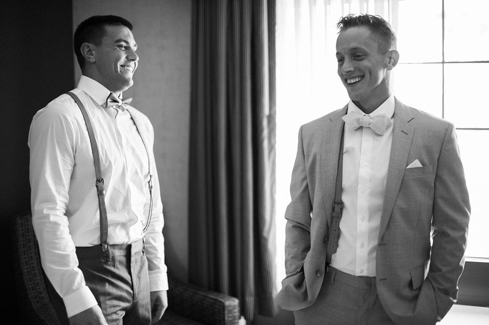 Groom and best man getting ready in buffalo NY