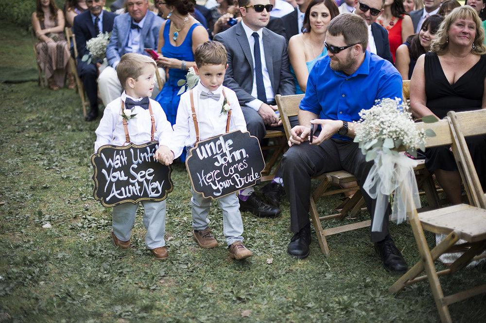 Buffalo-wedding-photographer