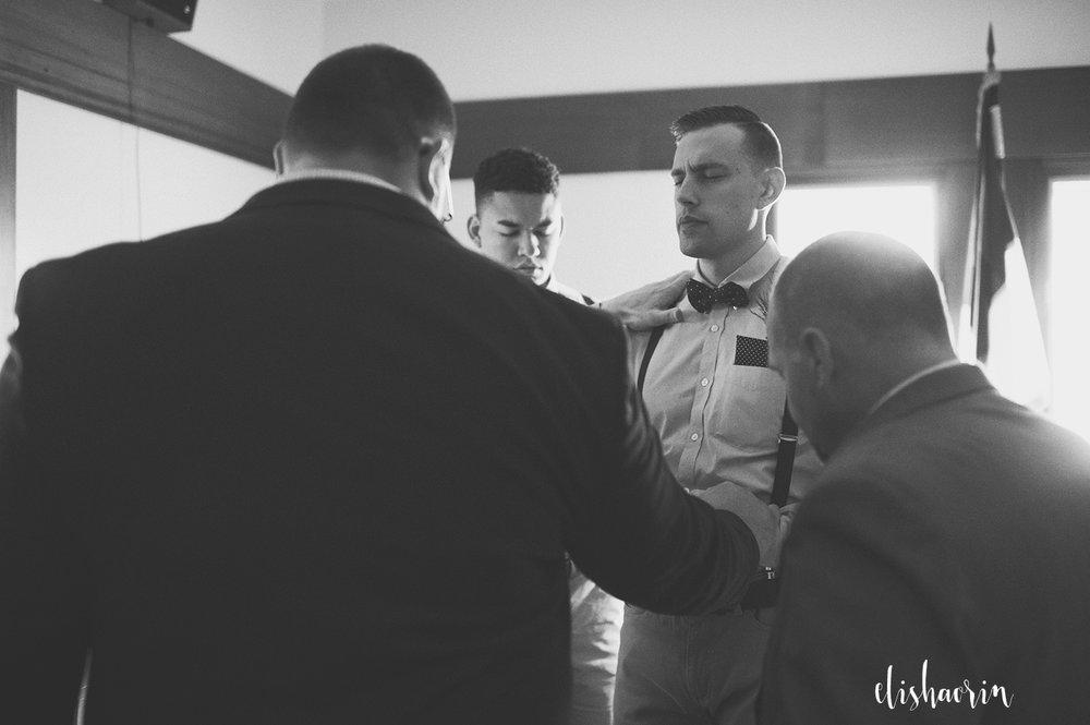 grooms-men-praying