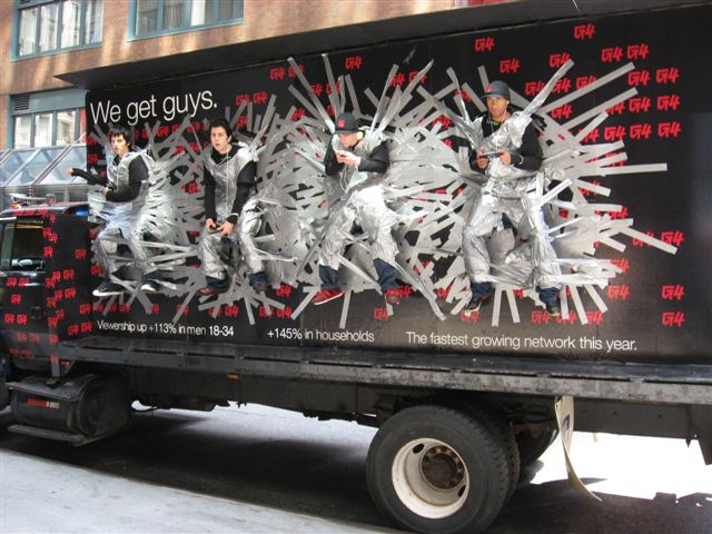Live mobile billboard