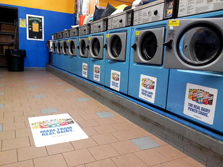Laundromat advertising