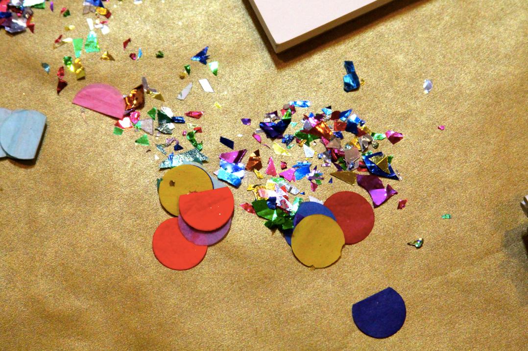 polka dot confetti