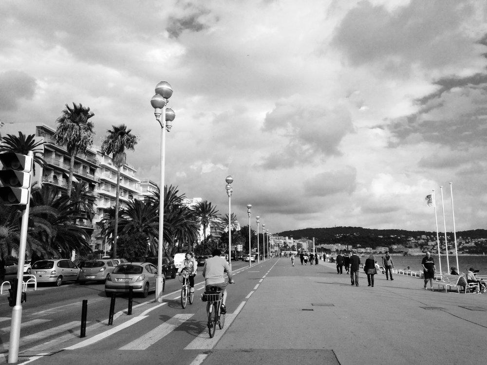 Stroll on the Promenade