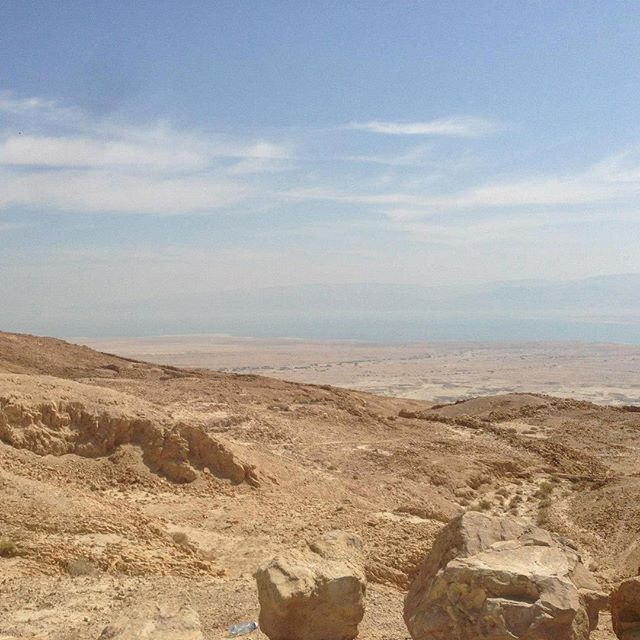 Shot from on top of Masada overlooking the Dead Sea in the Negev Desert, Israel. 🇮🇱 🐪 🌵 . . . #pic#picoftheday#pictures#travel#travelblogger#travelgram#traveller#traveltheworld#travelphoto#israel#photography#instagood#instaphoto#instadaily#photooftheday#daily#traveling#masada#deadsea#igtravel#birthright#tourism#holiday#daily#me#fun#dailyphoto#inspiration#shotoniphone#traveladdict