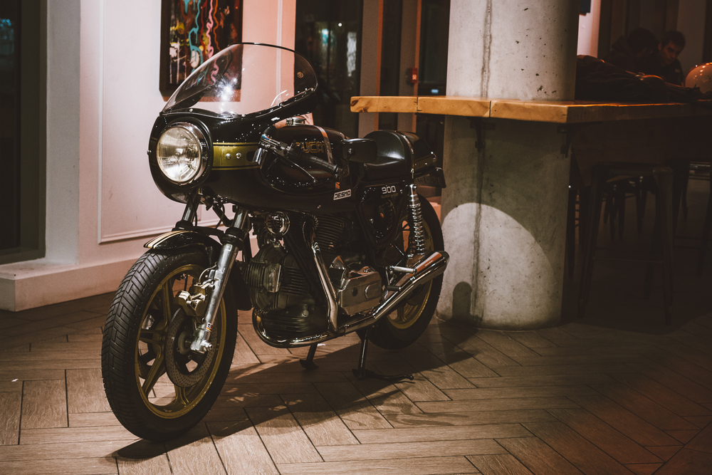 #TheMotoSocialTORONTO | THE 2015 FINALE | Oct. 7, 2015 | Dark Horse Espresso Bar | TheMotoSocial.com | 49.jpg