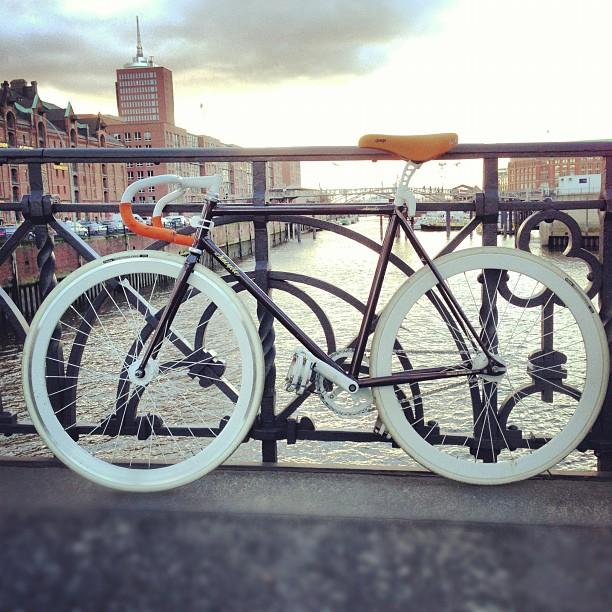 Lena's Ride | TheMotoSocialHAMBURG