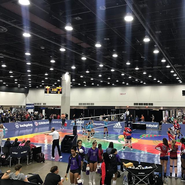 It's BIG TIME #gjnc18 @metrovbc 14Travel v @mintonette.sports m.41 Winner to the semis