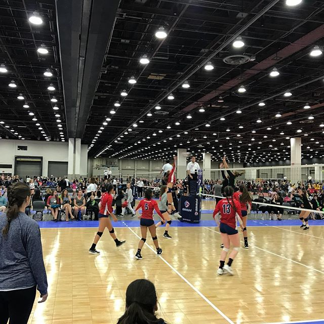 Huge congratulations to @metrovbc 14Travel for finishing in THIRD place in 14 National @usavolleyball #gjnc18  The EP family salutes you!! Great job ladies!