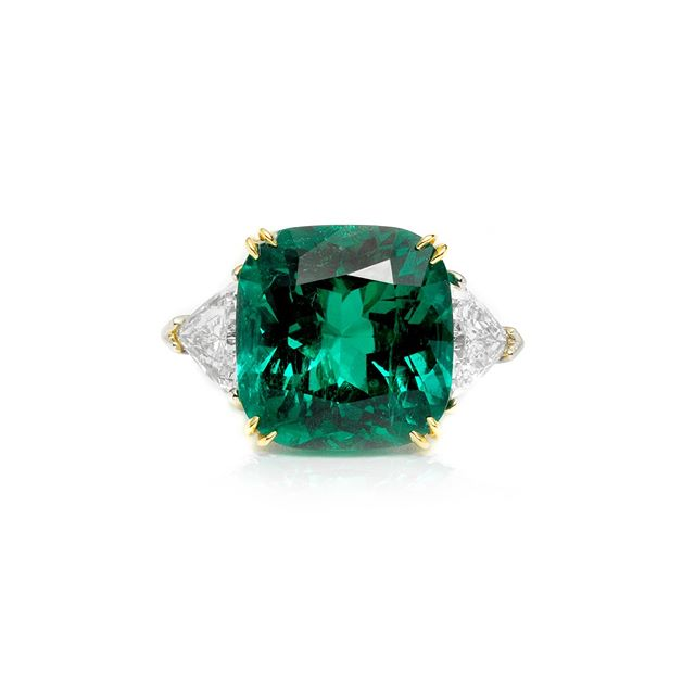 An Unbelievably Beautiful Cushion Gem Emerald & Diamond Ring! #DirectlyFromTheSource #BestInTheWorld #OnlyAtJosephGad #Emeralds #Colombian #ColombianEmerald #VividGreen #Certified #FineGems #Emerald #Luxury #Jewelry #FineJewelry #HighFashion #HighJewelry #HauteCouture #HauteJoaillerie #Fashion #Jewelry #JosephGad #PreciousGems #TheMostAmazingEmeraldsInTheWorld #KingOfEmeralds