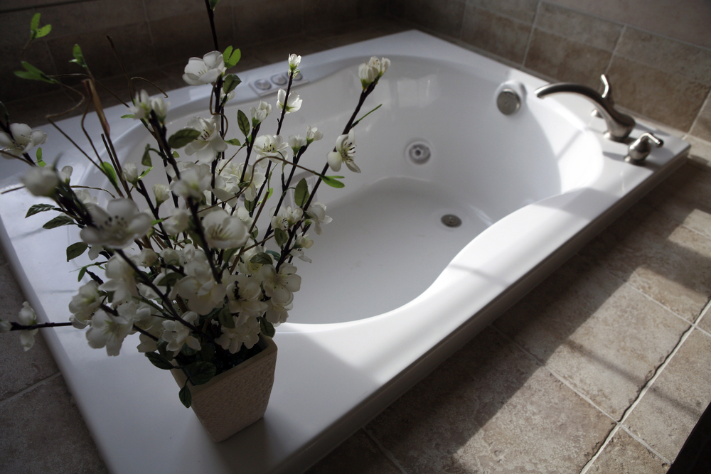 Lot 5 Master Bath Tub.jpg