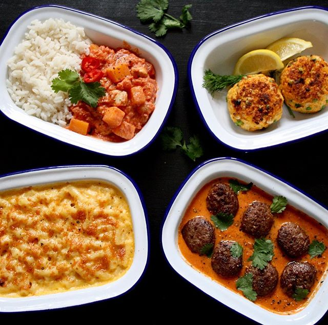 We know that this can be a very busy and hectic time for families in the run up to Christmas 🌲⭐️🎁 but make sure your little ones are still eating nutritious dishes for tea time by ordering some Piccolo Plates. Whether it's a macaroni, meatballs or some delicious fish cakes we guarantee there will be something on our menu you love. Head to our website to order now  #piccoloplates #winter #delivery #food #comfortfood #kids #menu