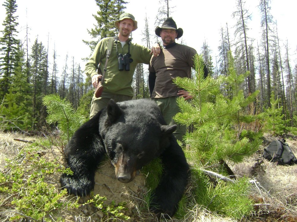 bear hunter and Mike..JPG