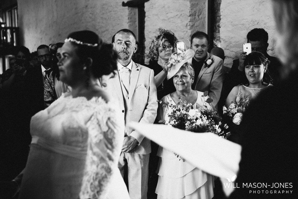 barn-y-brynych-brecon-swansea-wedding-photographer-cardiff-10.jpg