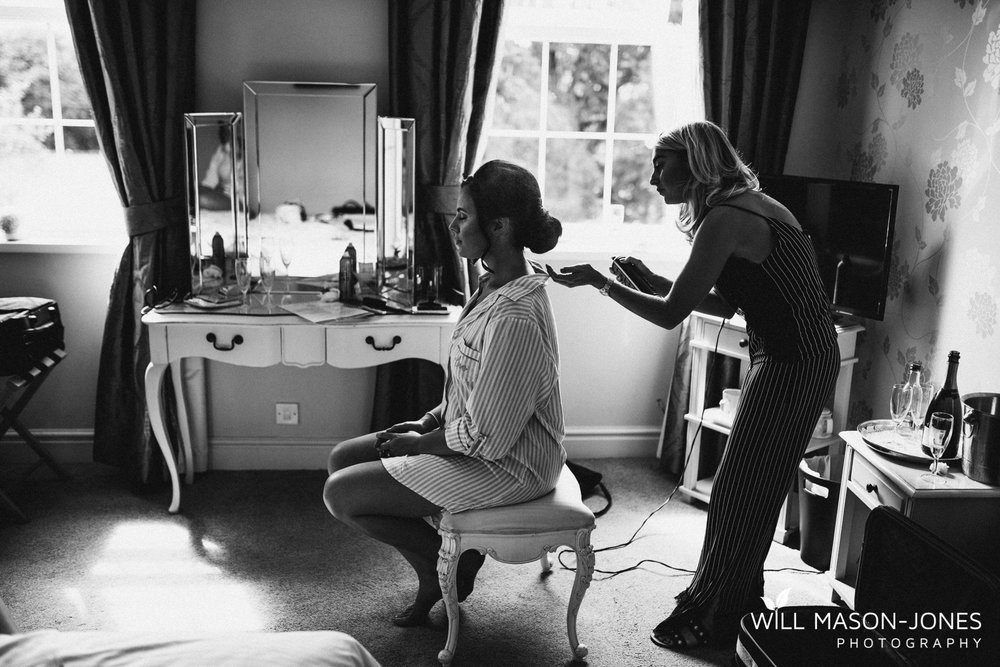 Singleton-lodge-wedding-bridal-preparations-5.jpg