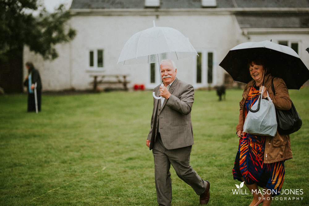 outdoor-wet-rainy-wedding-uk-swansea-photography-4.jpg
