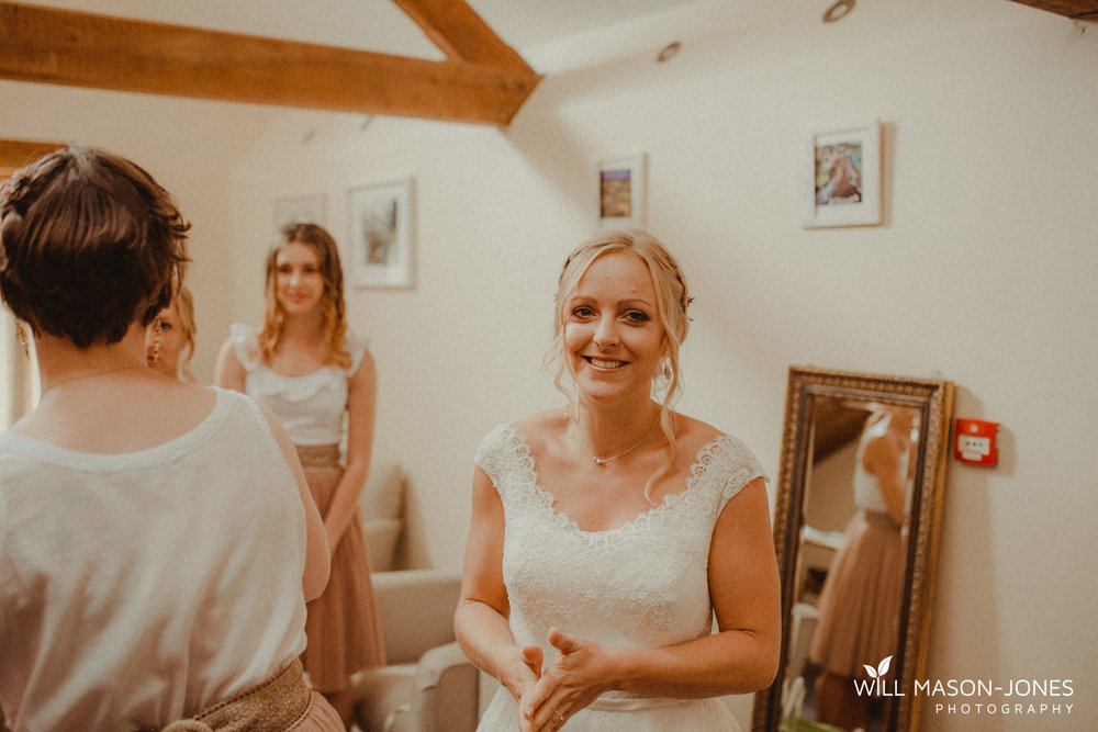 pen-y-banc-farm-carmarthen-wedding-preparations-photography