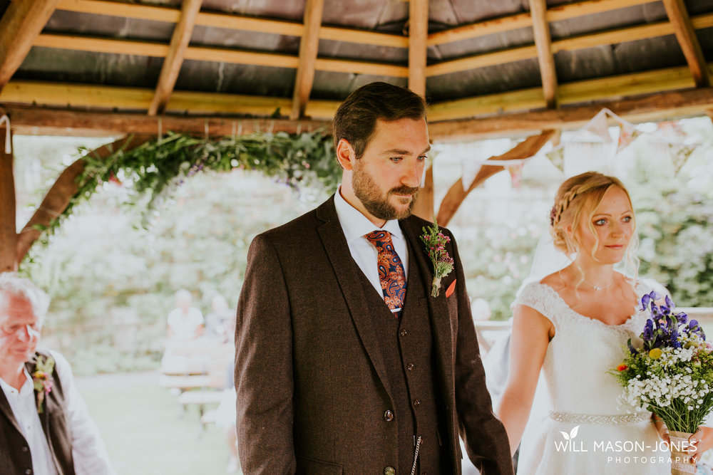 pen-y-banc-farm-tipi-wedding-carmarthen-outdoor-ceremony-photography