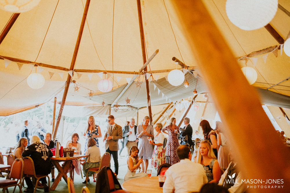 pen-y-banc-farm-tipi-wedding-decoration-photography