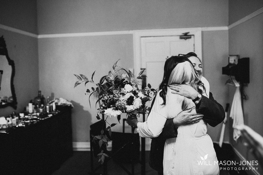 plas-glansevin-wet-rainy-bridal-wedding-preparations-swansea-photographers-10.jpg