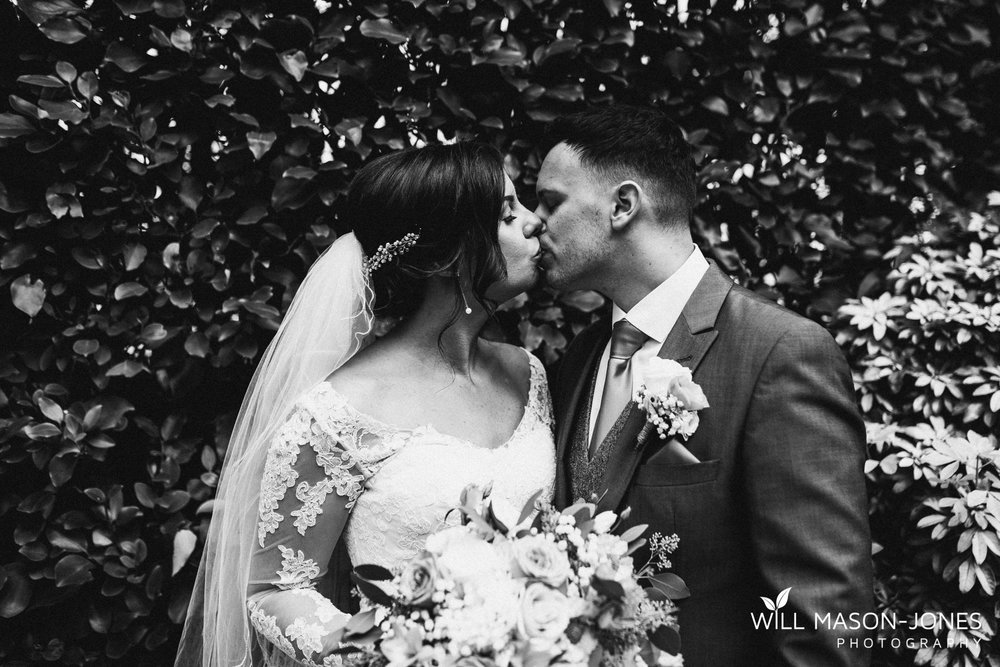 oxwich-bay-hotel-swansea-wedding-beach-portraits-photographers-12.jpg