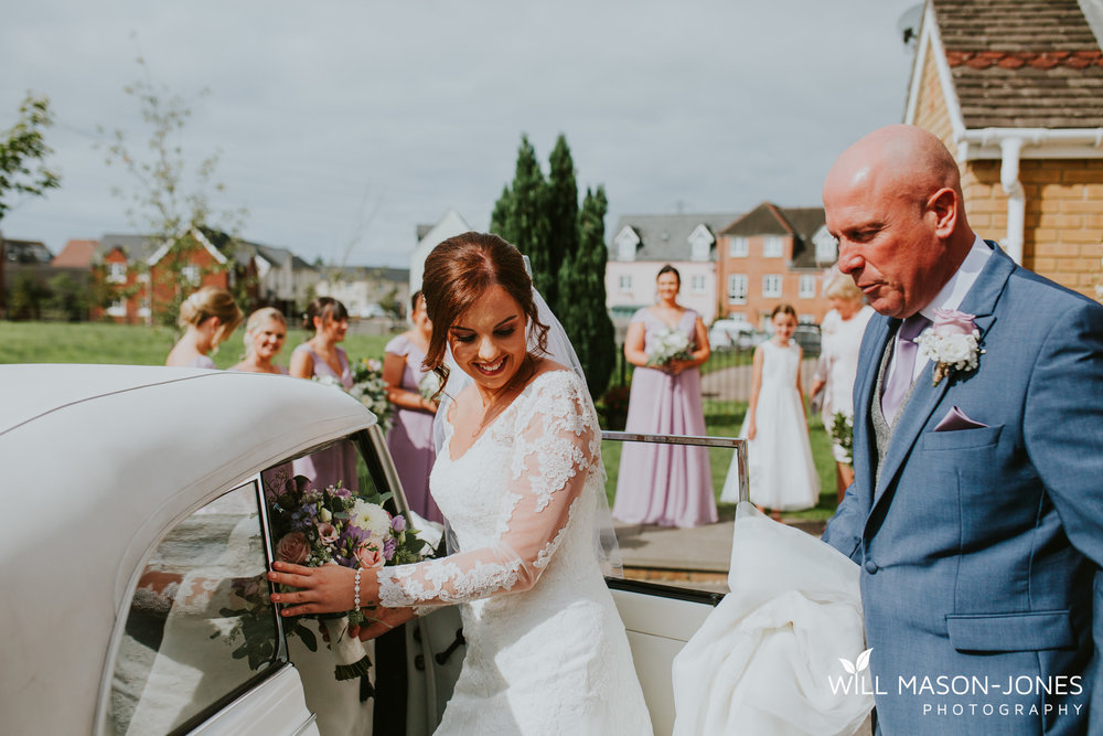 oxwich-bay-hotel-swansea-wedding-bridal-preparations-photographer-11.jpg
