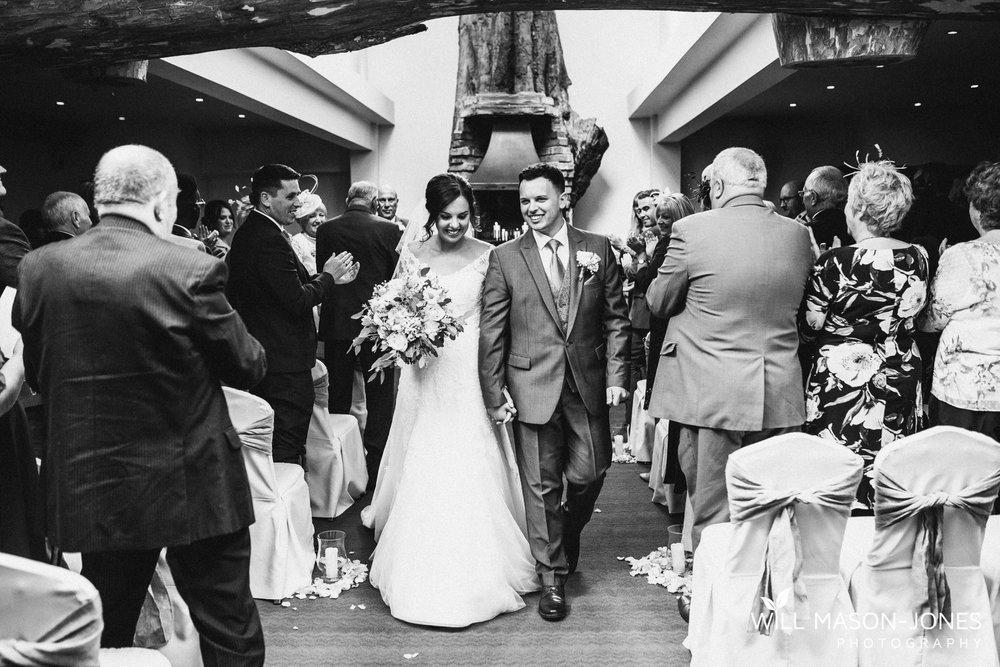 oxwich-bay-hotel-swansea-wedding-ceremony-photographers-6.jpg