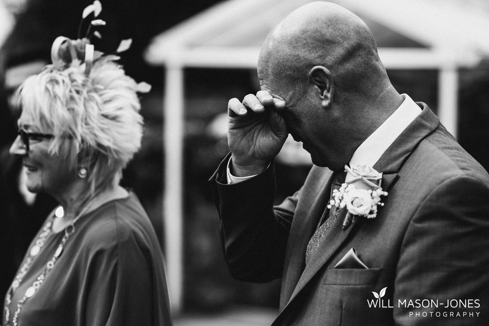 oxwich-bay-hotel-swansea-wedding-ceremony-photographers-10.jpg