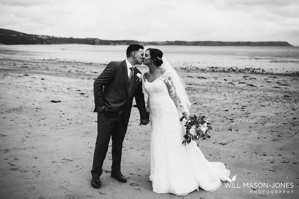 oxwich-bay-hotel-swansea-wedding-beach-portraits-photographers-5.jpg
