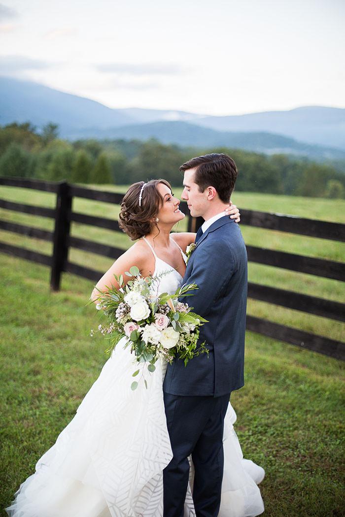 26-Modern-Southern-Charm-Wedding.jpg