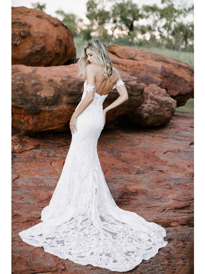 made-with-love-bridal-luxe-isla.jpg