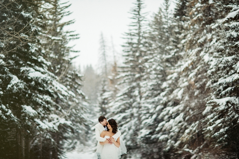 Winter Wonderland Wedding Day Portraits