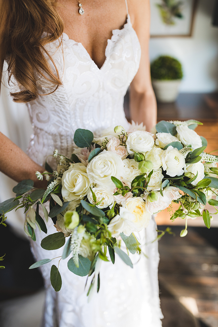 Organic Glam Wedding in Paso Robles with the West Wedding Dress
