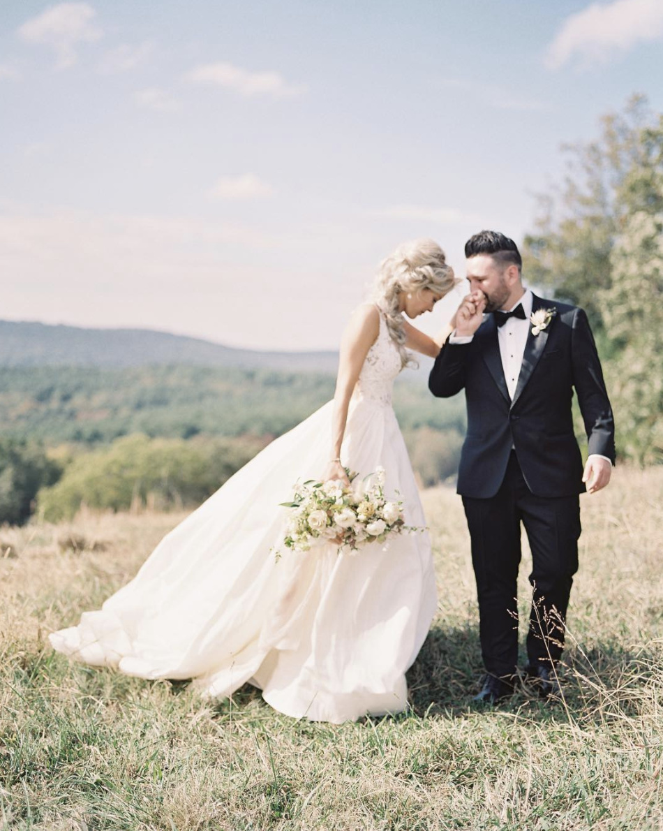 Hannah Billingsly and Shay Mooney's Romantic Ranch Wedding Day with Haute Bride Jewelry