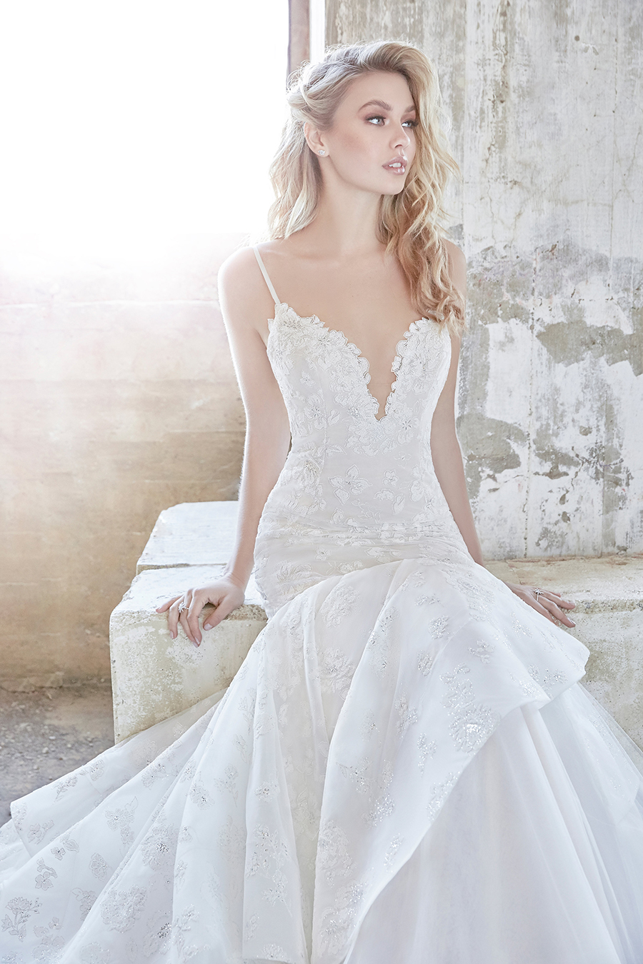 Hayley Paige Spring 2018 Ronnie Wedding Dress
