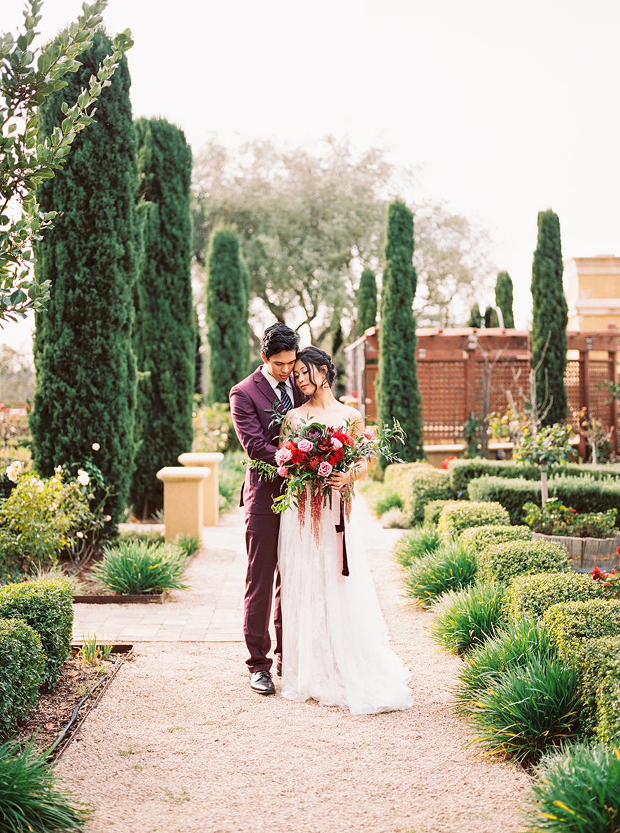 California Chic Style for a Luxe Bohemian Wedding