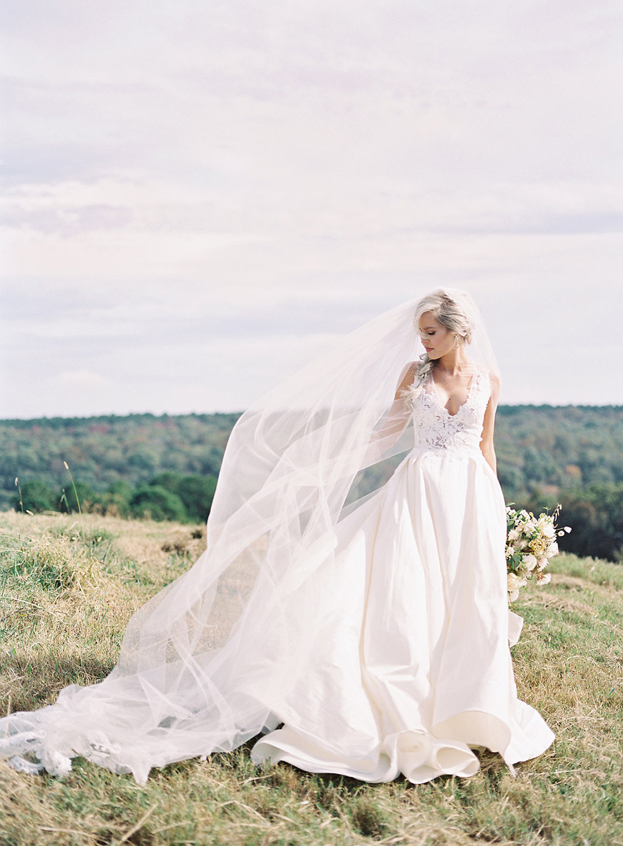 8-country-wedding-style-dan-shay.jpg