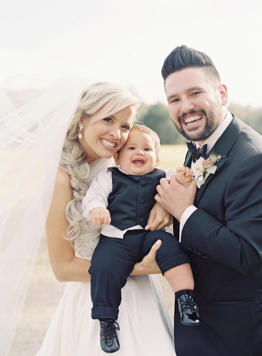 16-country-wedding-style-dan-shay.jpg